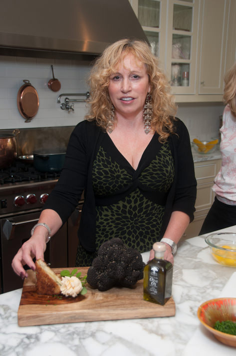 Susan Alexander displaying large truffle